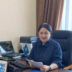 Жанадилова Айнагуль Балгужевна проводит онлайн встречу с госслужащими