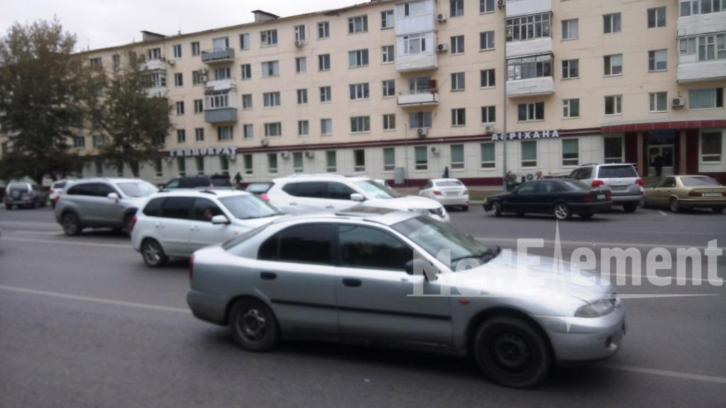 """""""ГИППОКРАТ"""" дәріханасы (Республика д-лы, 46)"""