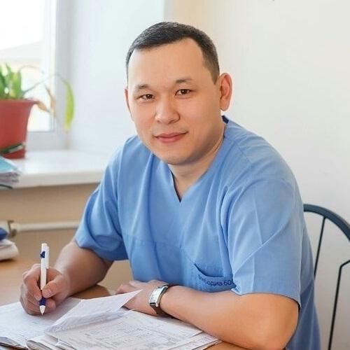 Нуркеев Самат Айбасович проктолог бөлмесі