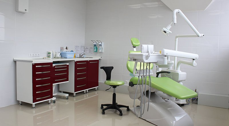 "Стоматология ""DENTAL CLINIC"""