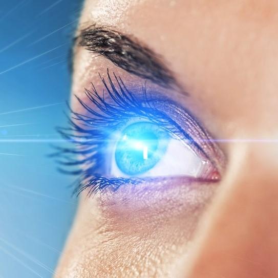 Лазерная коррекция зрения Фемто Ласик 500 000 тг