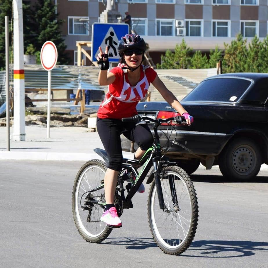Медицинские сотрудники приняли участие в велопробеге