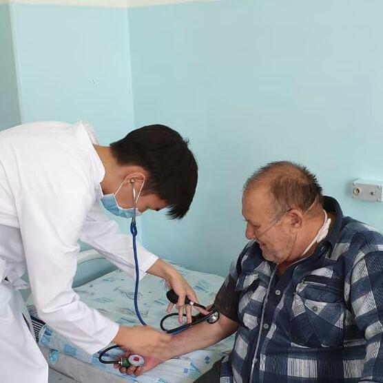 Городская больница №4 Назарбаев Интеллектуальная Школа (НИШ) реализовали совместный проект