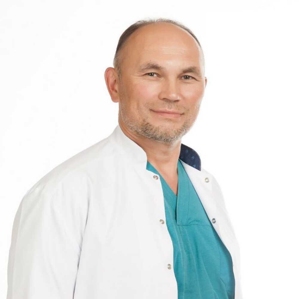 Ангиохирург и флеболог доктор медицинских наук Калышев Руслан Сапиевич