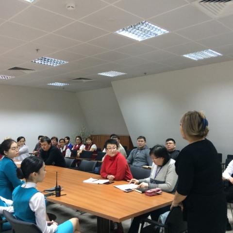 Бейбітшілік және келісім сарайында МӘМС-ті енгізу бойынша ақпараттық-түсіндіру жұмысы аясында семинар өтті