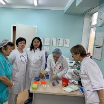 Семинар по экспресс-тестированию для персонала перинатального центра №2