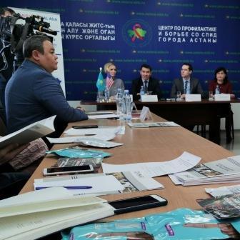 Қазақстанға АИТВ індетін бақылау бойынша бірегей ақпараттық  жүйе берілді