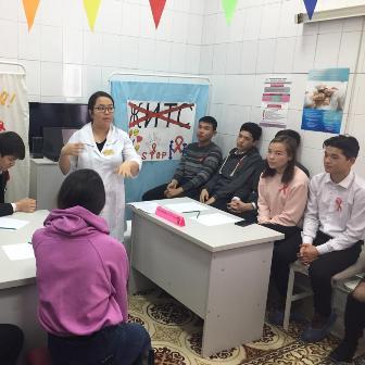 День открытых дверей в рамках Всемирной кампании борьбы со СПИД в поликлиниках №3 и №8