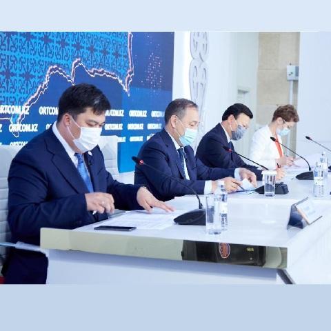 О новых ограничениях и вакцинации в Казахстане рассказал А.Цой