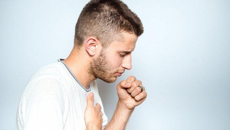 Сухой кашель: причины, лечение